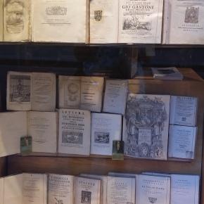 Book Love, Italiano